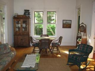 Elkhart Lake 3 Bedroom cottage! On the water! - Elkhart Lake vacation rentals