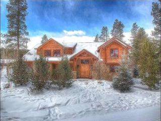 Amazing Views of Peak 6 - 1/2 Block to Free Shuttle and Ice Rink (13547) - Breckenridge vacation rentals