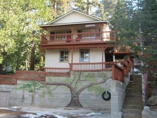 Pet Friendly Serenity Nest - Secluded with Views! - Crestline vacation rentals