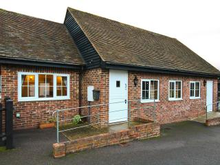 Nice Cottage with Internet Access and Television - Godalming vacation rentals
