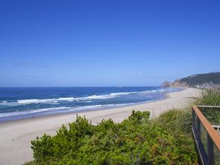 Spectacular Oceanfront Four Bedroom - Lincoln City vacation rentals