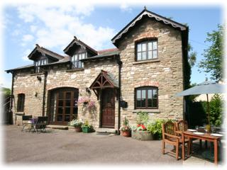 Deanfield Coach House, Parkend, Lydney, Glos - Parkend vacation rentals