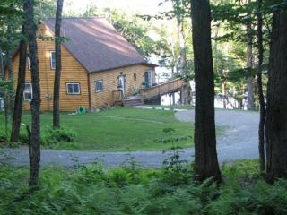 Woods, Water & Tranquility - Saint Albans vacation rentals