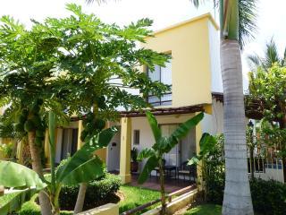 Bucerias, Los Amores 1, A/C, Wi- Fi, Private Yard - Bucerias vacation rentals