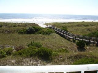 DIRECT OCEAN FRONT PROPERTY - Long Beach Township vacation rentals