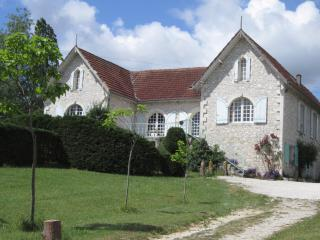 Beautiful Villa with Internet Access and Television - Tournon-d'Agenais vacation rentals