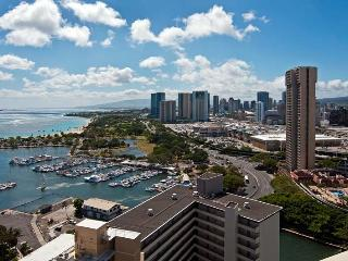 Panoramic Ocean Views-Upgraded-$145 per nt - Honolulu vacation rentals
