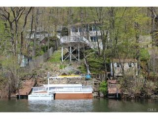 Beautiful Lake Candlewood Cottage - Connecticut vacation rentals