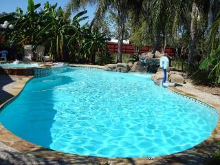 LUXURY VACATION HOME RENTAL SPECIAL DISCOUNT - Alvin vacation rentals