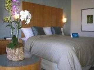 Luxury Condo at 5 Star Famous Ala Moana Resort! - Honolulu vacation rentals