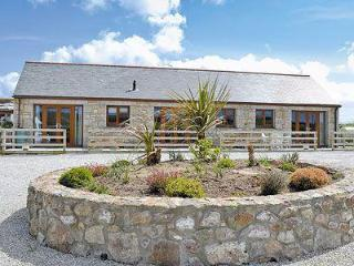 Wonderful House with DVD Player and Washing Machine - Redruth vacation rentals