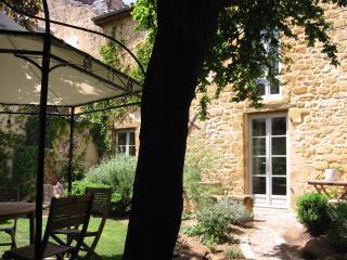 Romantic 1 bedroom Cottage in Gourdon - Gourdon vacation rentals