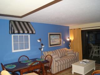 Cute 1stFloor 1BR Oceanview See dates available!! - Carolina Beach vacation rentals