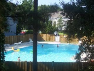 Quiet, Lovely, Oyster Pointe Condo - Kill Devil Hills vacation rentals