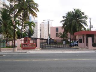 Fully equipped apartment at Isla Verde, Pto.Rico - Carolina vacation rentals