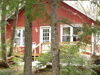 Rental Cottage on Pleasant Pond in Island Falls,ME - Oakfield vacation rentals