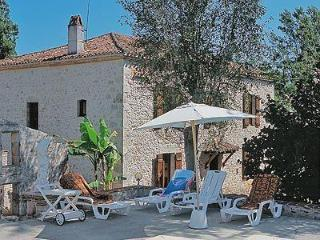 5 bedroom House with Television in Aiguillon - Aiguillon vacation rentals