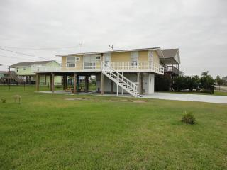 Beach View and Bay View Rental-Sleeps 8 - Galveston vacation rentals