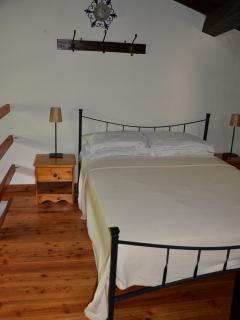 Beautiful 2 bedroom Cottage in Casola in Lunigiana - Casola in Lunigiana vacation rentals