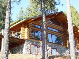 Arrowhead Ranch Lodge on the Pend Oreille River - Newport vacation rentals