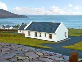 Cozy 3 bedroom Cottage in Dugort - Dugort vacation rentals