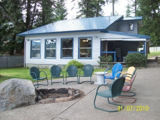 TWIN LAKES, IDAHO WATERFRONT VACATION HOME - Rathdrum vacation rentals