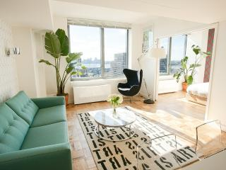 Luxury Chelsea 1 - Bedroom with Panoramic Views - Manhattan vacation rentals