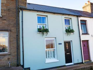 Lovely 2 bedroom Llantrisant Cottage with Television - Llantrisant vacation rentals