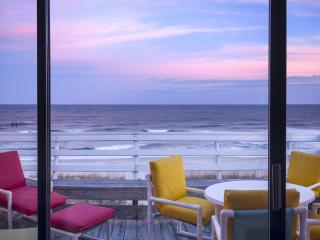 180 Degrees Oceanfront View!!! Top Floor End Unit! - Carolina Beach vacation rentals