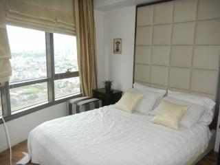 Rockwell's Joya View Condo - Makati vacation rentals