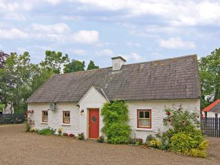 Nice Cottage with Parking Space and Fireplace - Dundrum vacation rentals
