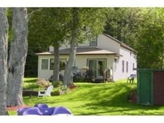 3 bedroom cottage on Lake Seymour - Island Pond vacation rentals