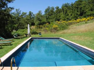 Spacious 4 bedroom Sarteano Villa with Internet Access - Sarteano vacation rentals