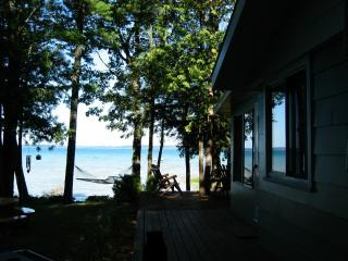 Traverse Bay w/ Fabulous Setting & Sunsets - Rapid City vacation rentals