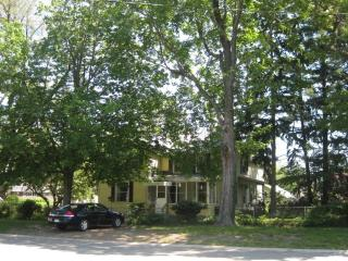 Gramma's House by the Lake - Muskegon vacation rentals