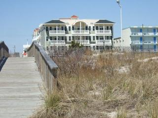 ~Amazing Ocean Views with Pool~ - Wildwood Crest vacation rentals