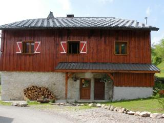 4 bedroom Farmhouse Barn with Internet Access in Megevette - Megevette vacation rentals