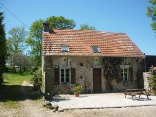 3 bedroom Cottage with Internet Access in Quettehou - Quettehou vacation rentals