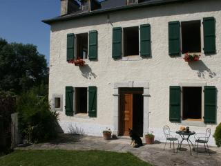 Cozy 3 bedroom Oloron-Sainte-Marie Bed and Breakfast with Internet Access - Oloron-Sainte-Marie vacation rentals