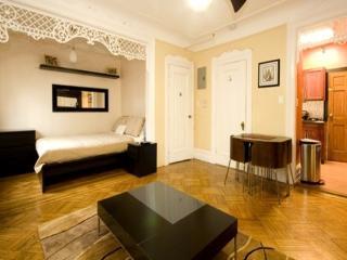 Crown Heights Brownstone - Brooklyn vacation rentals