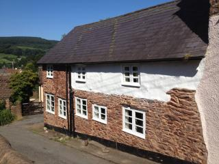 Beautiful 2 bedroom Cottage in Timberscombe - Timberscombe vacation rentals