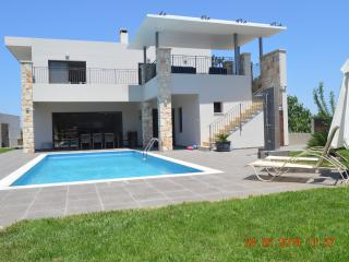 5 bedroom Villa with Internet Access in Latchi - Latchi vacation rentals