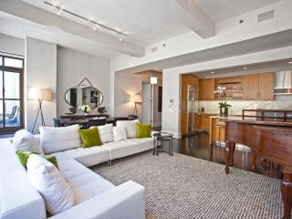 Huge Luxury Apartment in the Heart of Midtown - Manhattan vacation rentals