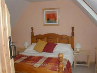 Beautiful 3 bedroom Cottage in Broadford with Short Breaks Allowed - Broadford vacation rentals