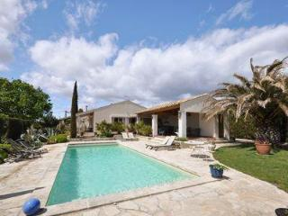 Adorable 6 bedroom House in Margon - Margon vacation rentals