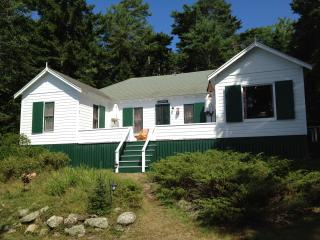 Waterfront Cottage on Johns Bay Central Midcoast - Pemaquid vacation rentals