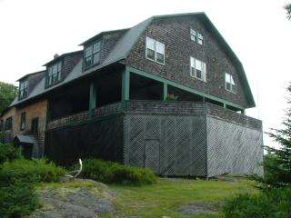 Large Cottage with Spectacular View of Ocean - Mid-Coast and Islands vacation rentals