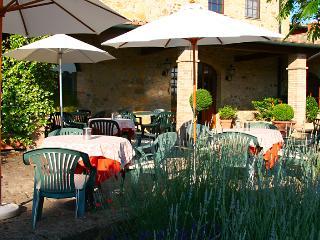 Ferienwohnung mit Pool auf wunderschönem Landgut - Pomarance vacation rentals