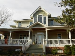 Beautiful Soundfront House on the 7th Green - Corolla vacation rentals