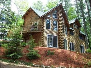 5 Bedroom Lakefront Log Home close to Beaches! - Shapleigh vacation rentals